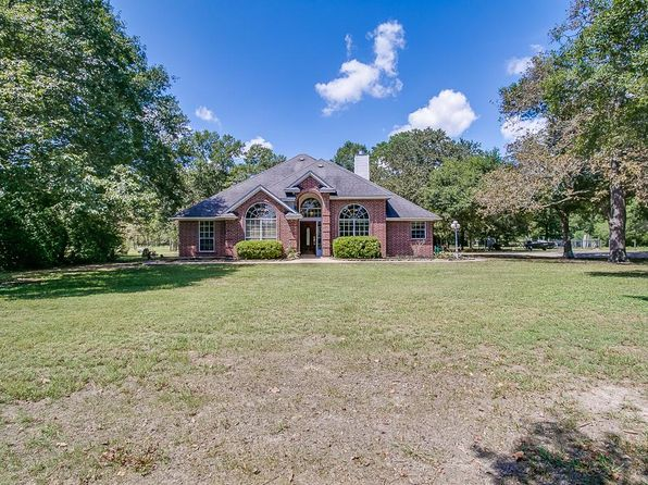 3 bed 2 bath Single Family at 49 Windmill Dr Hempstead, TX, 77445 is for sale at 275k - 1 of 31