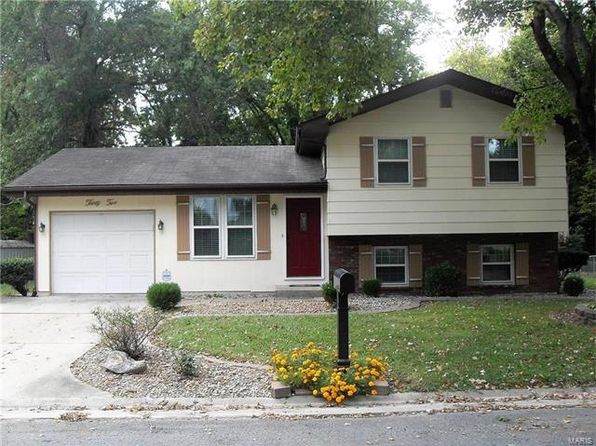 3 bed 2 bath Single Family at 32 Geneva Dr Highland, IL, 62249 is for sale at 109k - 1 of 26