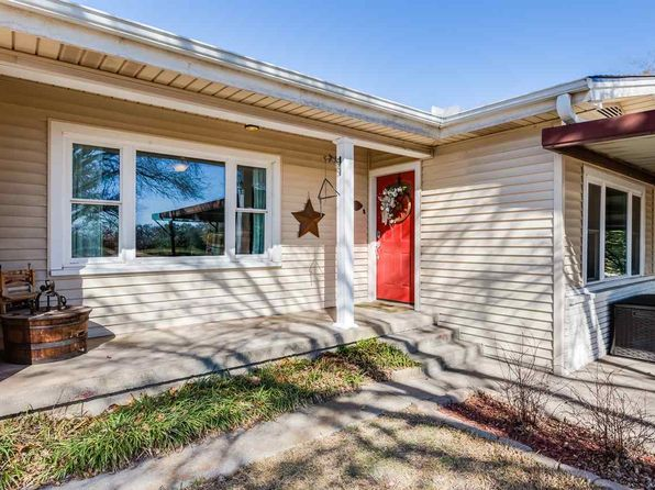 3 bed 2 bath Single Family at 2106 S Old Temple Rd Lorena, TX, 76655 is for sale at 250k - 1 of 23