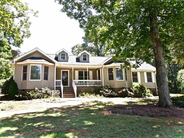 3 bed 2 bath Single Family at 1403 Waterview Ct Seneca, SC, 29672 is for sale at 215k - 1 of 36