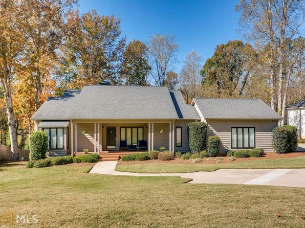 4 bed 4 bath Single Family at 145 Woodlake Dr Gainesville, GA, 30506 is for sale at 950k - 1 of 36