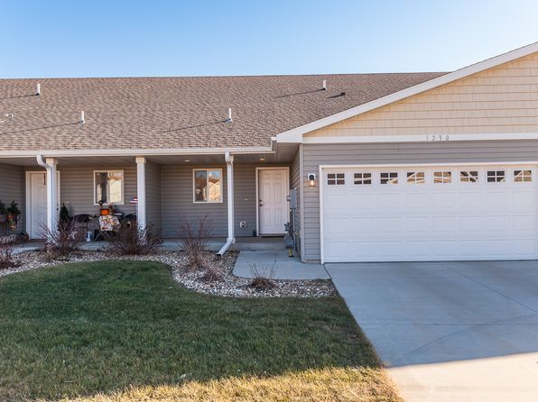 3 bed 2 bath Single Family at 1230 SUNDANCE CT NE BYRON, MN, 55920 is for sale at 196k - 1 of 16
