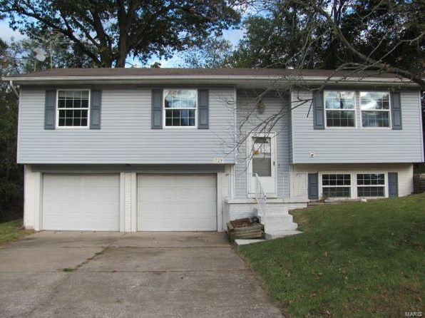 3 bed 1 bath Single Family at 329 Admiral Dr Godfrey, IL, 62035 is for sale at 54k - 1 of 12