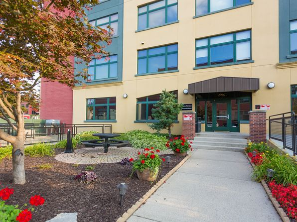 null bed 1 bath Condo at 600 Monroe Ave NW Grand Rapids, MI, 49503 is for sale at 123k - 1 of 12