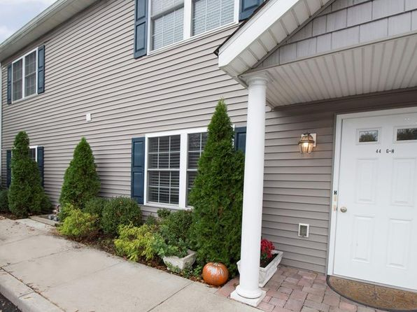 2 bed 2 bath Condo at 44 Cottage St Port Chester, NY, 10573 is for sale at 450k - 1 of 22
