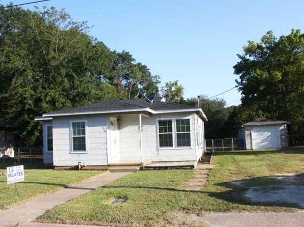 3 bed 1 bath Single Family at 116 W Clinton Ave Athens, TX, 75751 is for sale at 60k - 1 of 12