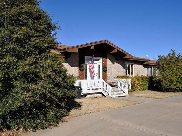 3 bed 2 bath Single Family at 253 COUNTY ROAD 252 SWEETWATER, TX, 79556 is for sale at 135k - 1 of 27