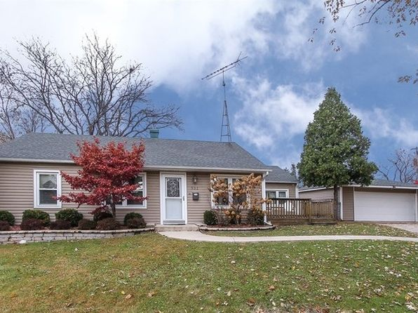 3 bed 1 bath Single Family at 902 S Park Blvd Streamwood, IL, 60107 is for sale at 200k - 1 of 21