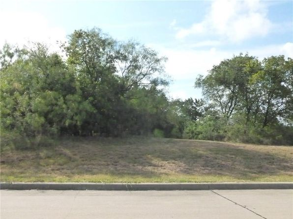 null bed null bath Vacant Land at 600 Wood Lake Dr Cedar Hill, TX, 75104 is for sale at 30k - 1 of 11