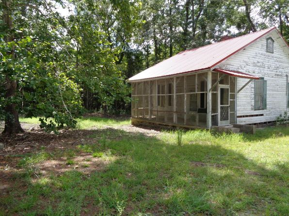 3 bed 1 bath Single Family at 92 Greenpond Hwy Green Pond, SC, 29446 is for sale at 55k - 1 of 11