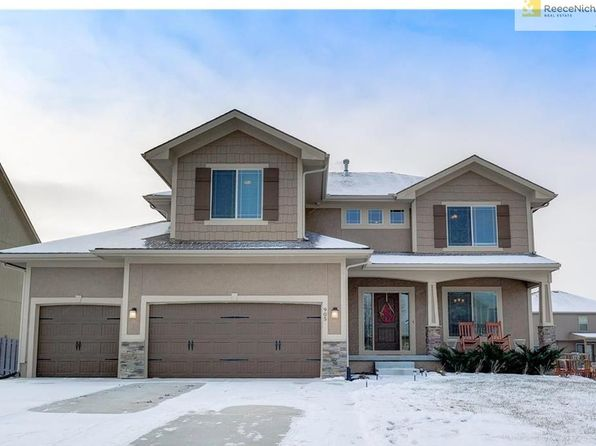 4 bed 3 bath Single Family at 905 SW 35th St Lees Summit, MO, 64082 is for sale at 300k - 1 of 25