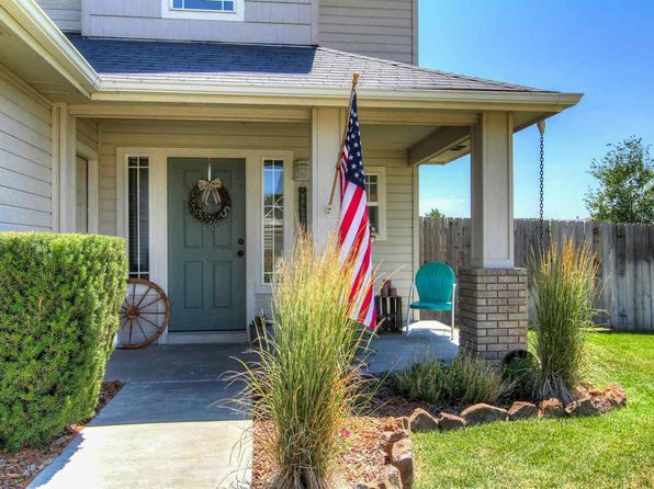 3 bed 2.5 bath Single Family at 1137 W Emmy Ct Kuna, ID, 83634 is for sale at 220k - 1 of 25