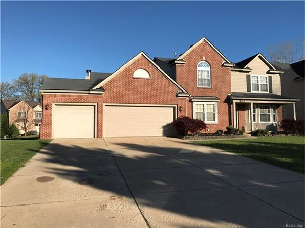 4 bed 2.5 bath Single Family at 462 High Bank Ct Commerce Township, MI, 48382 is for sale at 360k - 1 of 9