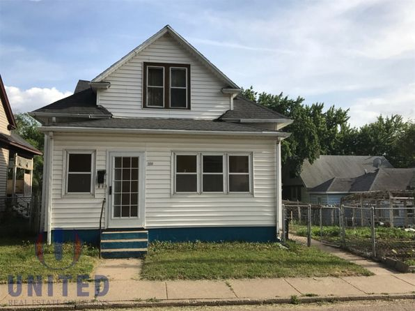 3 bed 2 bath Single Family at 1208 14th St Sioux City, IA, 51105 is for sale at 70k - google static map