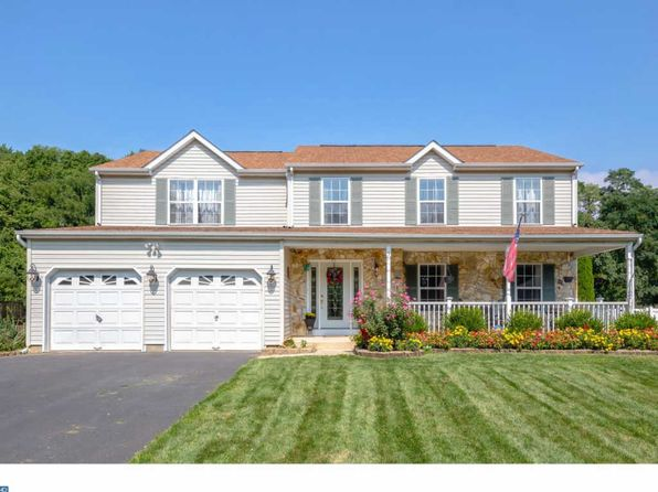 4 bed 3 bath Single Family at 5 Pickering Bnd Langhorne, PA, 19047 is for sale at 450k - 1 of 25