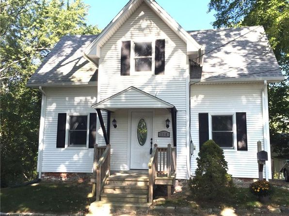 2 bed 2 bath Single Family at 136 Hammond Ct Colchester, CT, 06415 is for sale at 155k - 1 of 51