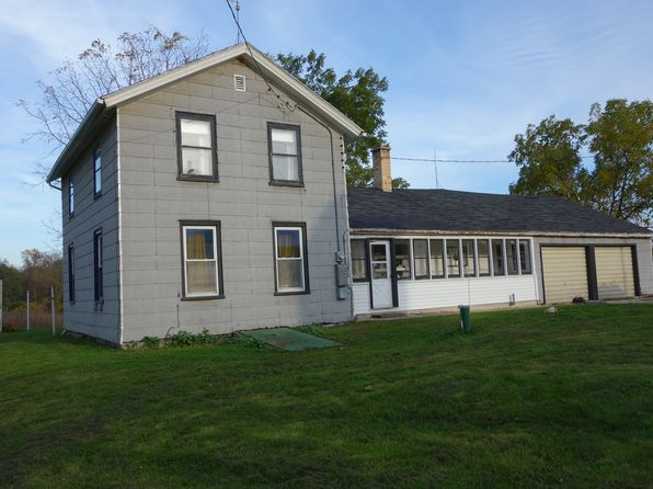 3 bed 1 bath Single Family at 7702 Town Hall Rd Kewaskum, WI, 53040 is for sale at 190k - 1 of 24