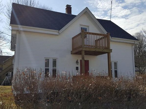 3 bed 2 bath Single Family at 25 LEROY ST ATTLEBORO, MA, 02703 is for sale at 270k - 1 of 27
