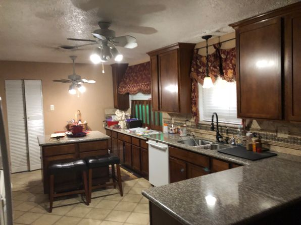 3 bed 2 bath Single Family at 1011 Dusky Rose Ln Pasadena, TX, 77502 is for sale at 130k - 1 of 5