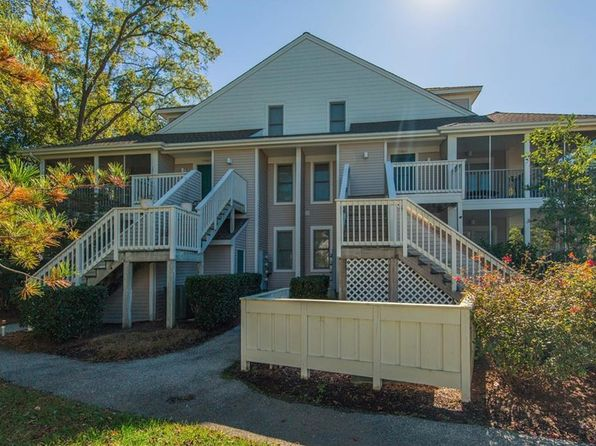 3 bed 2 bath Townhouse at 39055 Lakeshore Ct Bethany Beach, DE, 19930 is for sale at 325k - 1 of 27