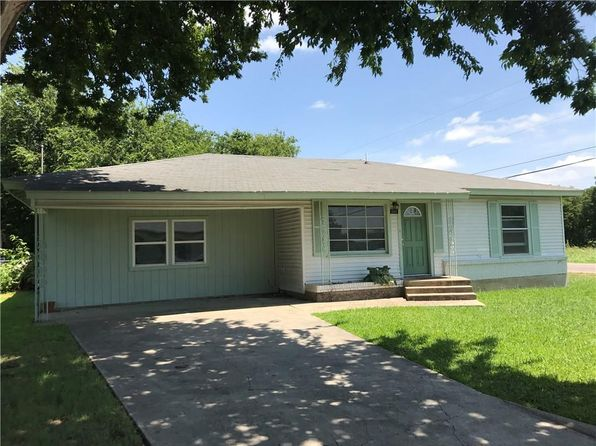 3 bed 2 bath Single Family at 101 Hilltop Dr Grandview, TX, 76050 is for sale at 135k - 1 of 9