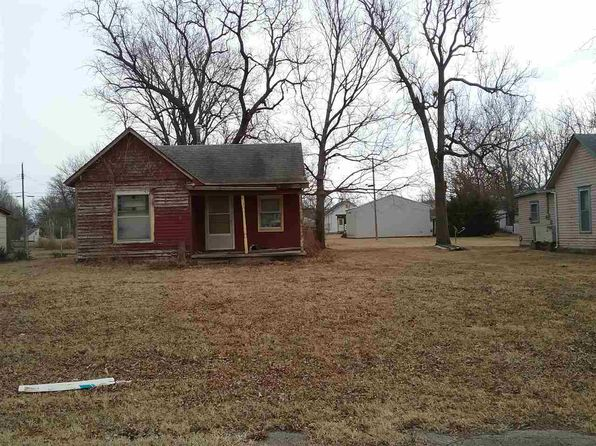 1 bed 1 bath Single Family at 412 S Valley St Eureka, KS, 67045 is for sale at 6k - 1 of 9