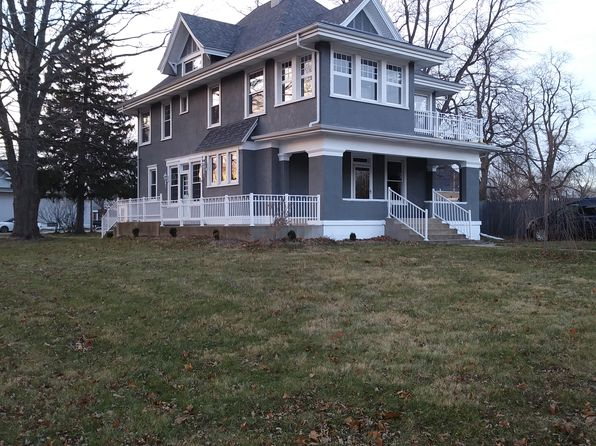 4 bed 3 bath Single Family at 206 E 5th St Mackinaw, IL, 61755 is for sale at 149k - 1 of 22