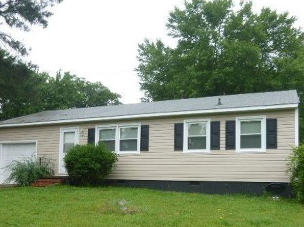3 bed 1 bath Single Family at 229 Blackwater Dr Petersburg, VA, 23805 is for sale at 73k - 1 of 6