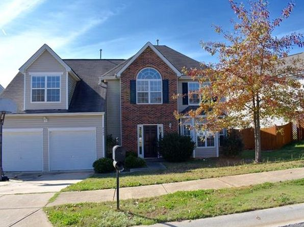 4 bed 3 bath Single Family at 8505 Oak Dr NE Charlotte, NC, 28269 is for sale at 189k - 1 of 8