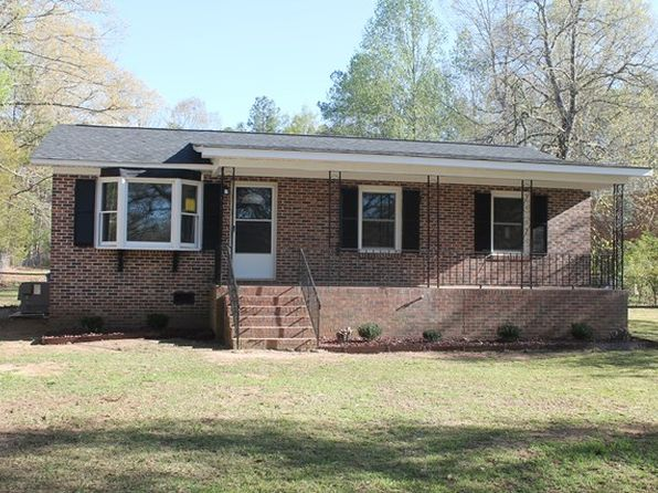 3 bed 2 bath Single Family at 1606 Laurel Ave E Greenwood, SC, 29649 is for sale at 104k - 1 of 27
