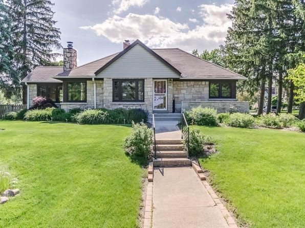 3 bed 2 bath Single Family at 4711 N 100th St Wauwatosa, WI, 53225 is for sale at 210k - 1 of 25
