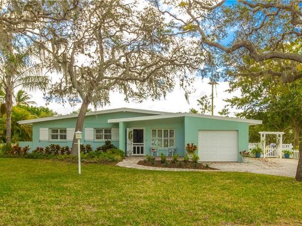 3 bed 2 bath Single Family at 824 65th St NW Bradenton, FL, 34209 is for sale at 699k - 1 of 23