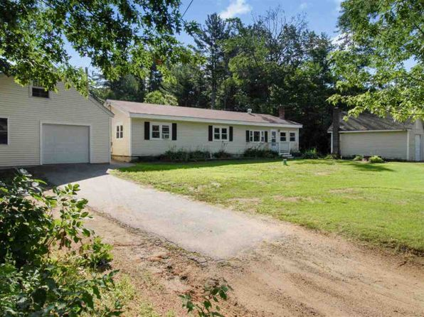4 bed 2 bath Mobile / Manufactured at 40 Newton Junction Rd Kingston, NH, 03848 is for sale at 320k - 1 of 37