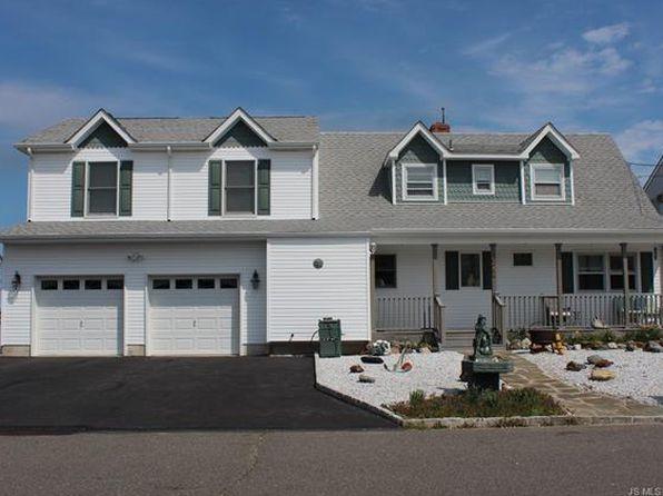 6 bed 4 bath Single Family at 955 Meadowlark Dr Lanoka Harbor, NJ, 08734 is for sale at 389k - 1 of 35