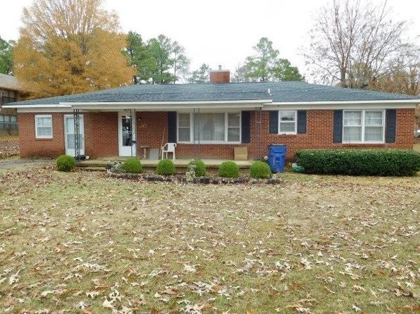 4 bed 1 bath Single Family at 405 Stout St Savannah, TN, 38372 is for sale at 70k - 1 of 22