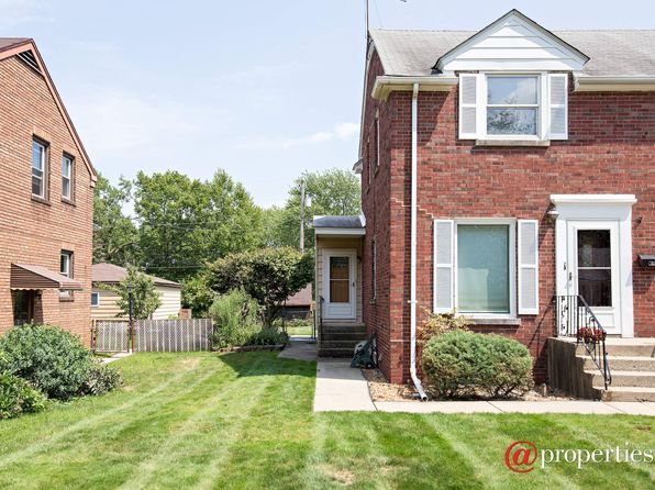 2 bed 1 bath Townhouse at 8123 Highland Pl Munster, IN, 46321 is for sale at 87k - 1 of 10
