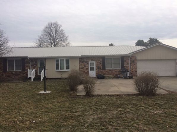 3 bed 1 bath Single Family at 409 Olive St Emden, IL, 62635 is for sale at 95k - 1 of 12