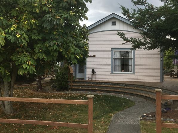 2 bed 1 bath Single Family at 1213 18th St Anacortes, WA, 98221 is for sale at 259k - google static map