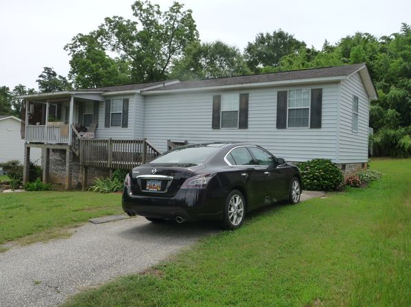 1 bed 1 bath Single Family at 208 Center St Greer, SC, 29651 is for sale at 65k - 1 of 6