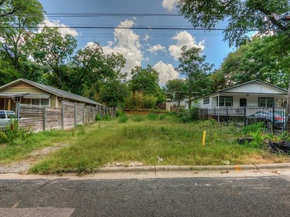 2 bed null bath Vacant Land at 2505 E 11th St Austin, TX, 78702 is for sale at 365k - 1 of 10
