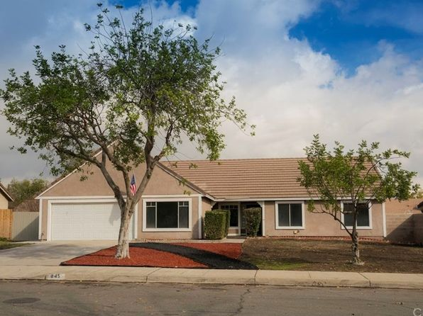 4 bed 2 bath Single Family at 845 N MARTIN ST RIALTO, CA, 92376 is for sale at 380k - 1 of 14