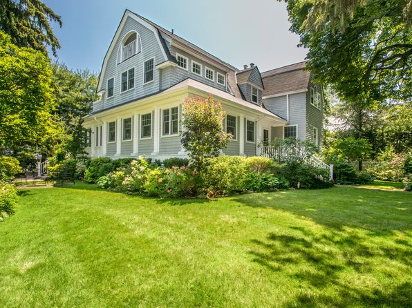 5 bed 5 bath Single Family at 55 Beach Ave Larchmont, NY, 10538 is for sale at 2.10m - 1 of 30