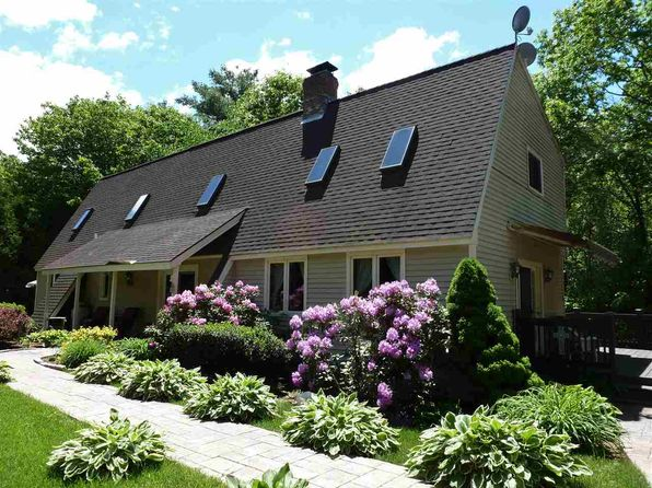 3 bed 2 bath Single Family at 72 PINE COVE RD CAMPTON, NH, 03223 is for sale at 224k - 1 of 33
