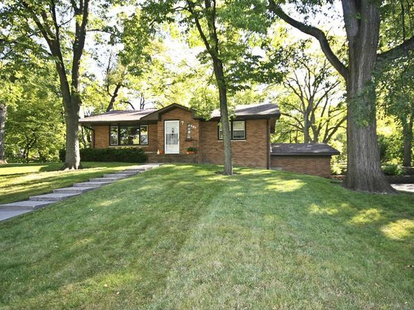 2 bed 2 bath Single Family at 205 Lake St SW Hutchinson, MN, 55350 is for sale at 143k - 1 of 21