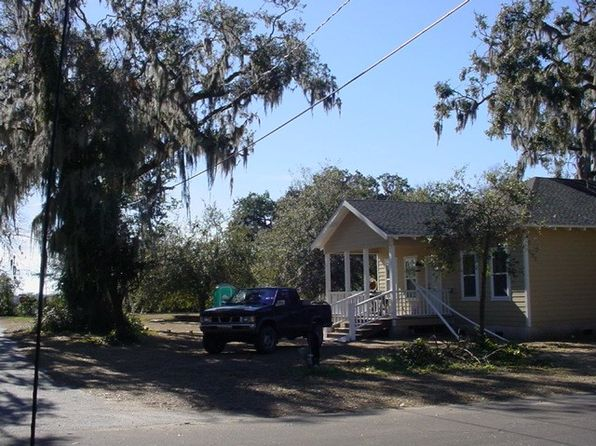 2 bed 2 bath Single Family at 214 Clarke St Darien, GA, 31305 is for sale at 214k - 1 of 2