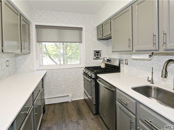 2 bed 1 bath Cooperative at 105 Prime Ave Huntington, NY, 11743 is for sale at 319k - 1 of 14