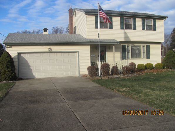 3 bed 2 bath Single Family at 3012 Hamman Dr Youngstown, OH, 44511 is for sale at 154k - 1 of 7