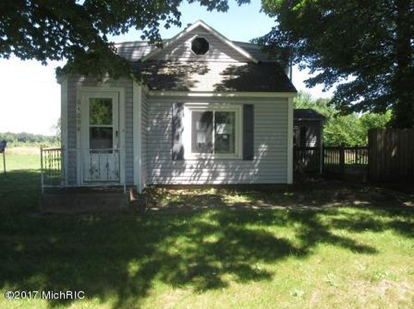 1 bed 1 bath Single Family at 64098 84th Ave Hartford, MI, 49057 is for sale at 38k - 1 of 12