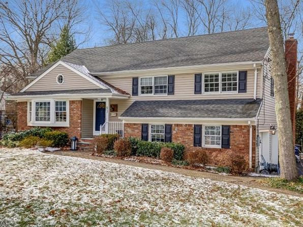 4 bed 3 bath Single Family at 93 Knollwood Dr New Providence, NJ, 07974 is for sale at 829k - 1 of 19