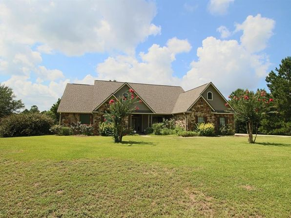 4 bed 3 bath Single Family at 9 Hidden Springs Ranch Dr Willis, TX, 77378 is for sale at 415k - 1 of 24